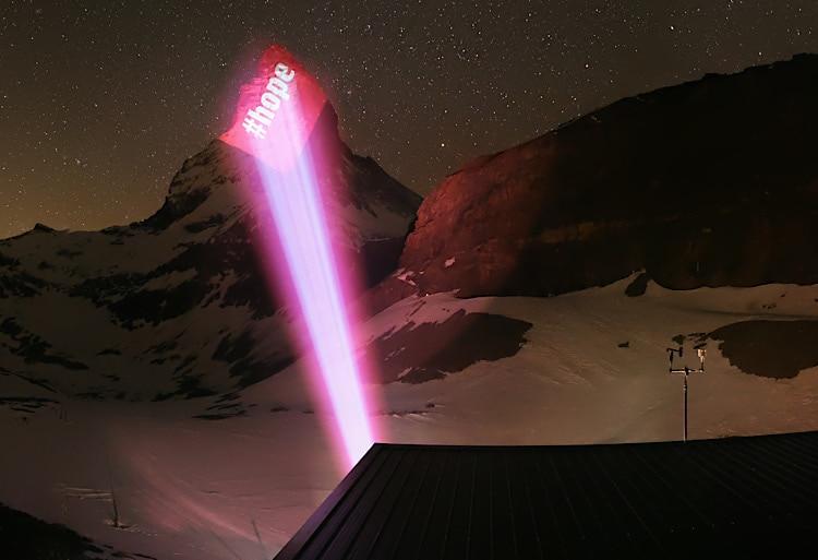 Ein Licht an Matterhorn - Zermatt sendet Hoffnung
